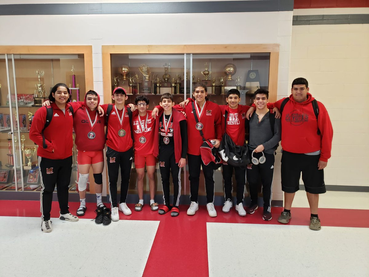 Congrats to the WrestlingTeam for placing 7th out 33 teams @ the Grapefruit Tournament. Top 6 were Brandon Garza, 5th at 113 lbs., Andres Ochoa 6th at 120 lbs., Jacob Gonzalez 1st at 145 lbs., Michael de la Cruz 2nd at 152 lbs., and Antonio Rios 6th at 182 lbs.