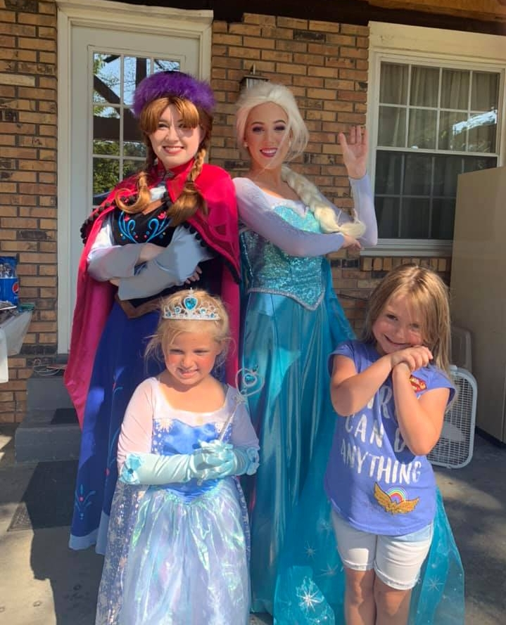 Anna and Elsa love to party. Invite them to your next party and Let it Go!  Call us today 615-235-0415  #frozenparty #frozen #elsa #elsaparty #frozenbirthday #frozenbday #birthdayparty #kidsparty #birthday #nashville #nashvillemoms #nashvillegram #nashvilleparentspic.twitter.com/Ie5VF8HdGA