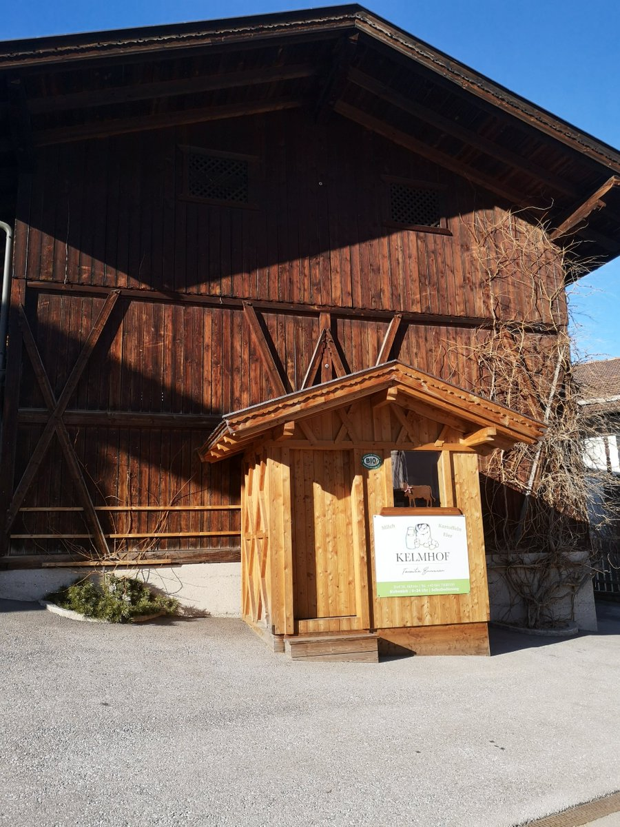 Sales of great #organicfood in kiosks with #honestyboxes have recently proliferated on farms in #Tyrol, #Austria.pic.twitter.com/otdppmCDU2