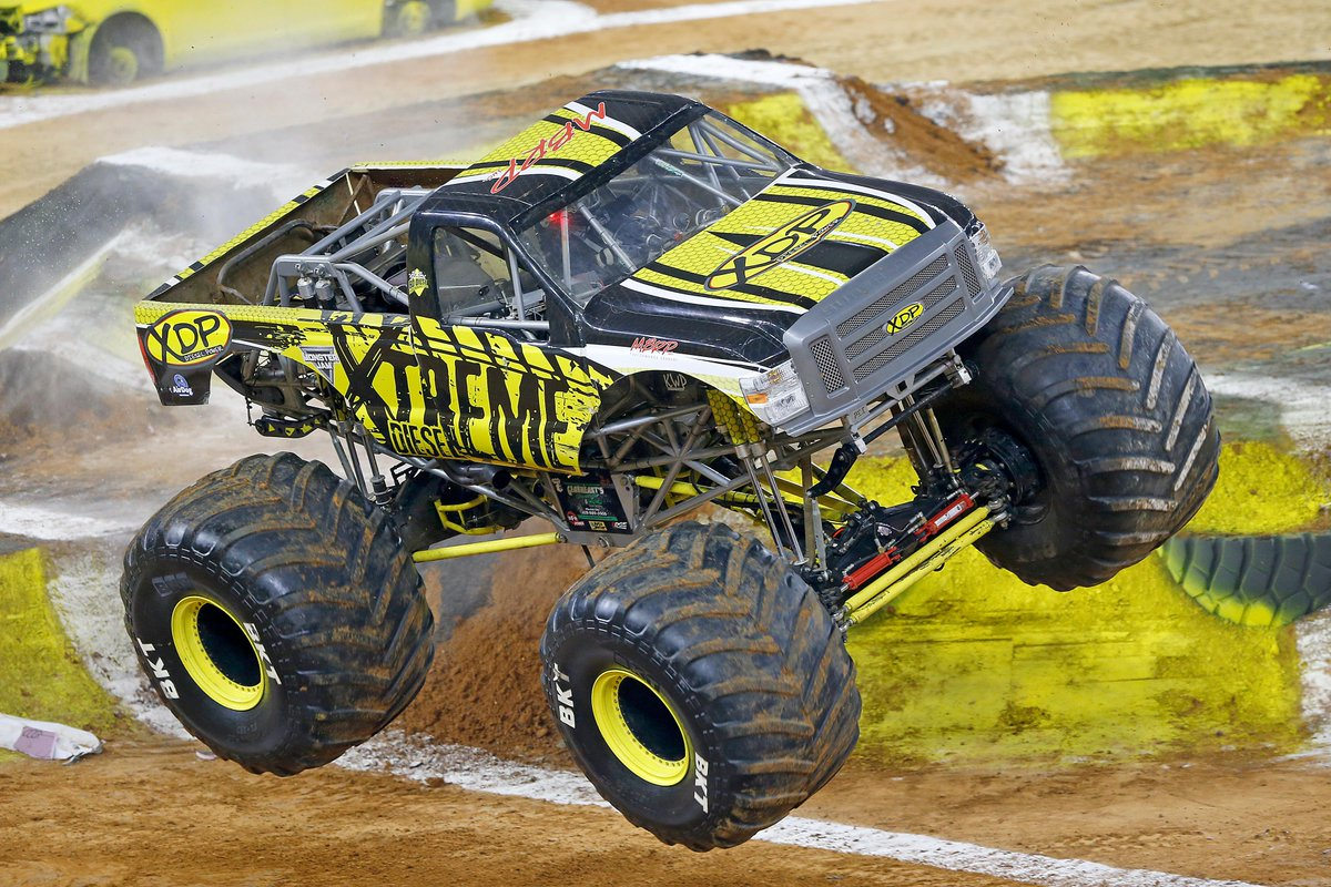 . @MonsterJam returns to #ATTStadium on February 29, 2020 where adrenaline-charged family entertainment features the most famous trucks in the world push these perfectly engineered vehicles to their limits in various skills competitions. 🏁 🎟➡ bit.ly/2G7P2Ee