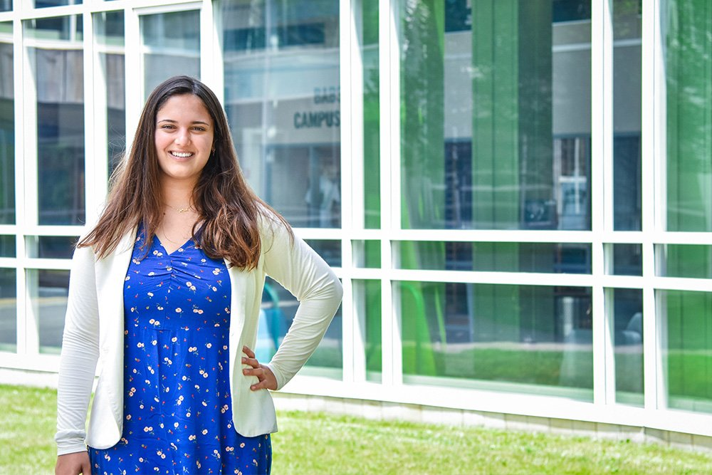 Entrepreneurship student Ela is featured on the Babson College website where she will be attending in the fall.  See her pitch to the NFTE Youth Entrepreneurship Challenge where she came in 3rd place.   <a target='_blank' href='https://t.co/VpBsDi0AVA'>https://t.co/VpBsDi0AVA</a> Way to go Ela! <a target='_blank' href='http://twitter.com/APS_CTAE'>@APS_CTAE</a> <a target='_blank' href='https://t.co/daE93uQ6gJ'>https://t.co/daE93uQ6gJ</a>