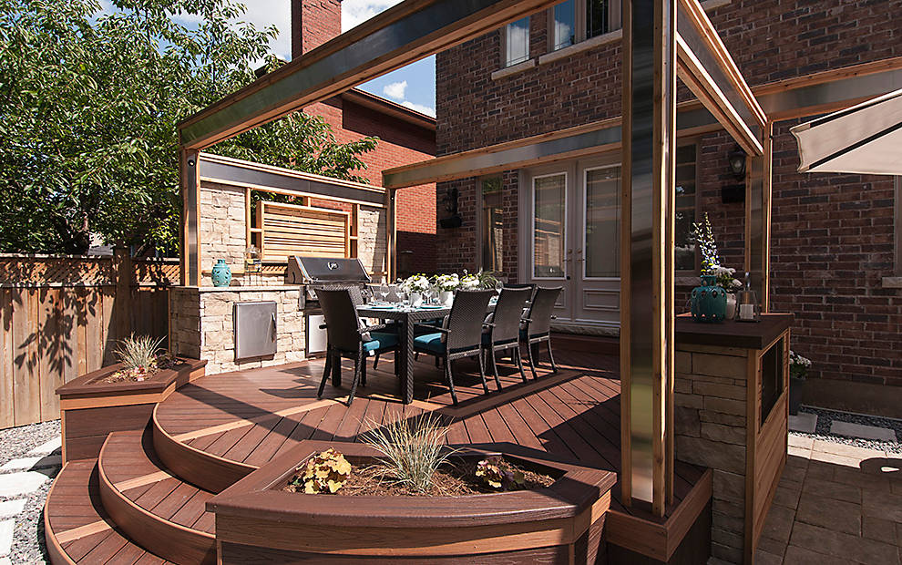 There may be snow on the ground, but were still thinking about summer with Trex decking. Available at https://soo.nr/AmX1  #Trex #trexdecking #Decking #Decks #outdoorliving #deckdesign #deckbuilding #deckbuilder #backyardliving #backyarddesignpic.twitter.com/Re9XcAkhaU