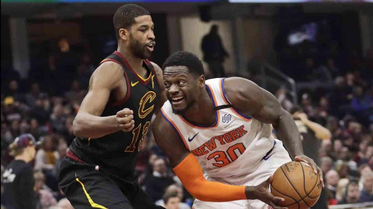 Julius Randle isn't letting trade speculation bother him. #NewYorkForever @dwsmall8   https://elitesportsny.com/2020/01/21/new-york-knicks-julius-randle-on-potential-trade-any-concern-nah-bro/ …