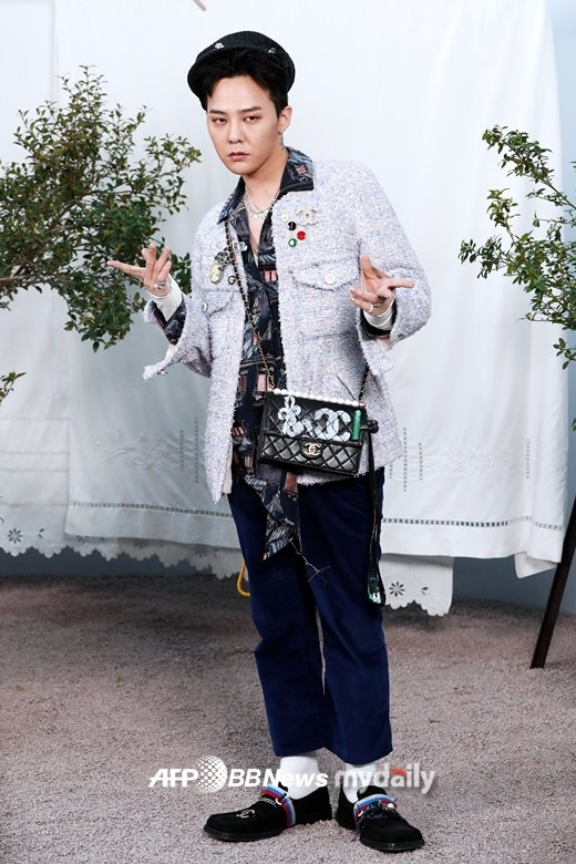"""The Seoul Story on Twitter: """"📸 Fashionista BIGBANG G-Dragon in Paris for  CHANEL 2020 S/S Haute Couture Show 🌟 @YG_GlobalVIP… """""""