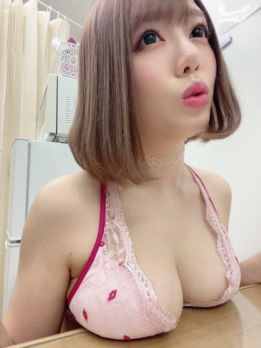 AV女優浜崎真緒のTwitter自撮りエロ画像16