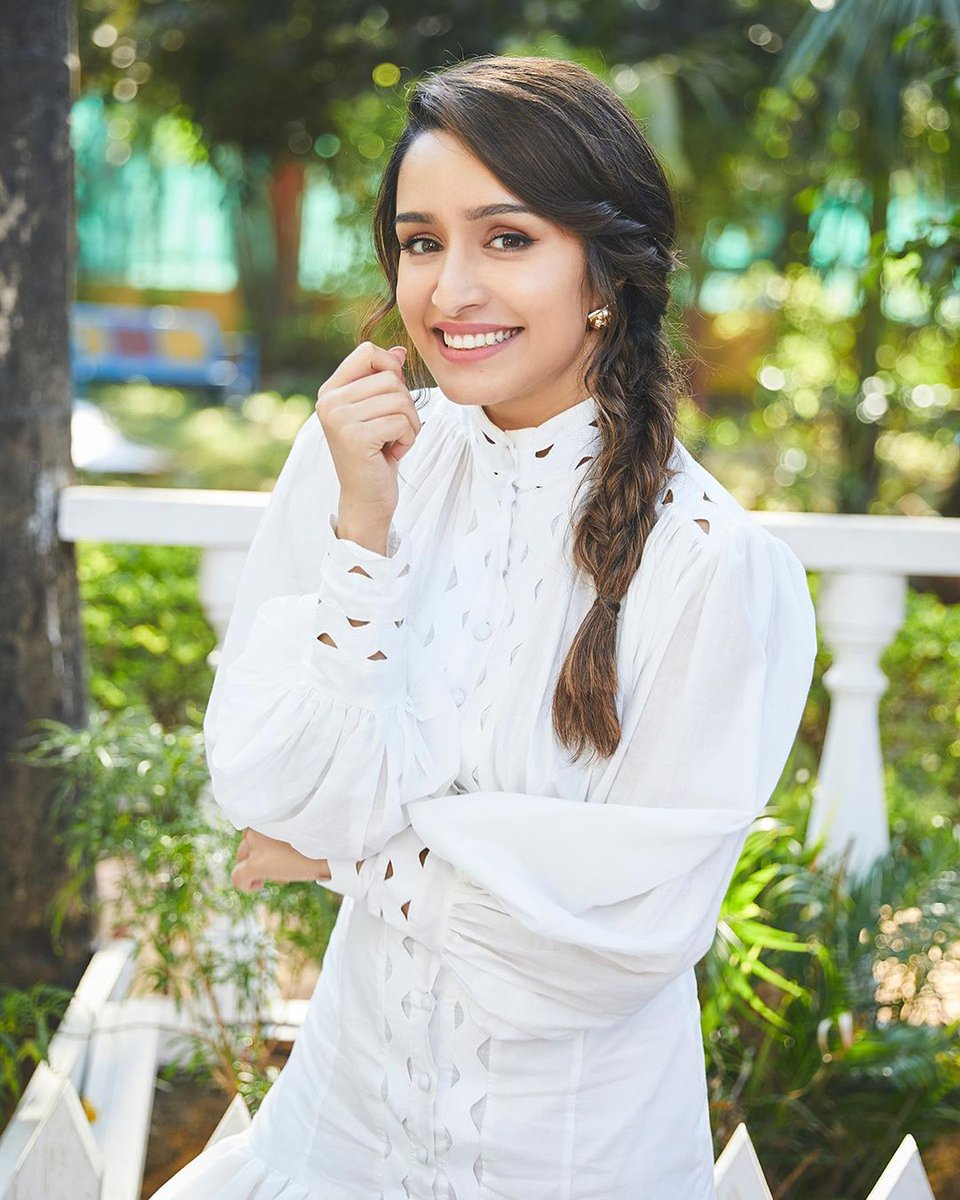 Vision in white! 😍@ShraddhaKapoor is a sight to see and we can't take our eyes off her beauty. ♥️#ErosNow | #ShraddhaKapoor | #Bollywood | #Celebrity | #WhiteOutfit