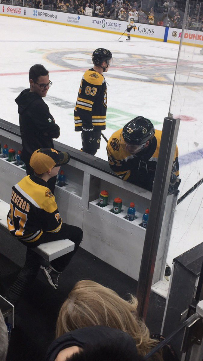 Just a couple of buds having a pregame chat! #NHLBruins
