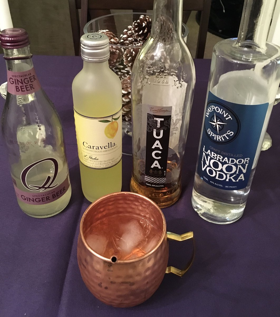 Explore an exciting world of tastes w/ #uniqueDarkDivacocktails like my Amalfi Mule — 2 oz. #waypointspirits @Drinkwaypoint #labradornoonvodka, 1 oz. #tuaca @TUACA #liqueur, 1oz. #caravellalimoncello & 4 oz. #qmixers @Qmixers #gingerbeer! Live like it matters! Saluti!🥃💋 https://t.co/1aJfNJK4cq