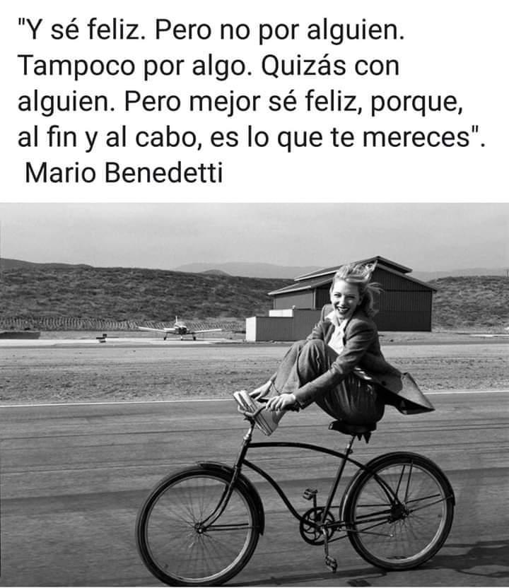 Y sé feliz #BuenasNoches pic.twitter.com/7Wsuv6xvqk
