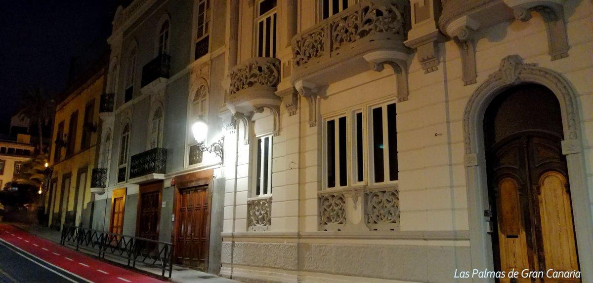 #BuenasNoches #goodnight #LasPalmasdeGranCanaria #GranCanaria #CanaryIslands #Canariaspic.twitter.com/5aTQY4kZS9
