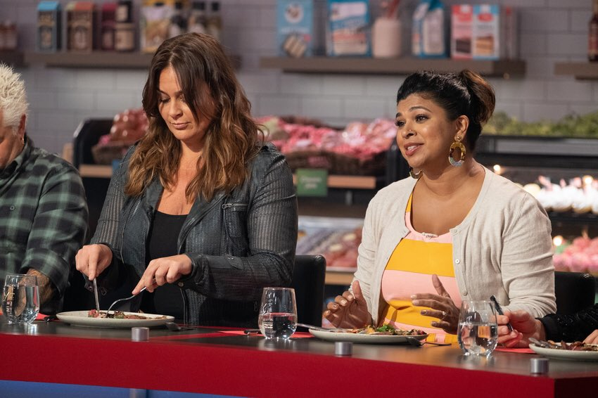 "This is the face I make when I say, ""I usually agree with my dear friend @chefantonia especially when she's let her hair down finally and she looks so beautiful BUT... she's wrong. I think your dish needs salt""Tune in TOMORROW night at 9pm for #GroceryGames on @foodnetwork <br>http://pic.twitter.com/1M6Be2nB1X"