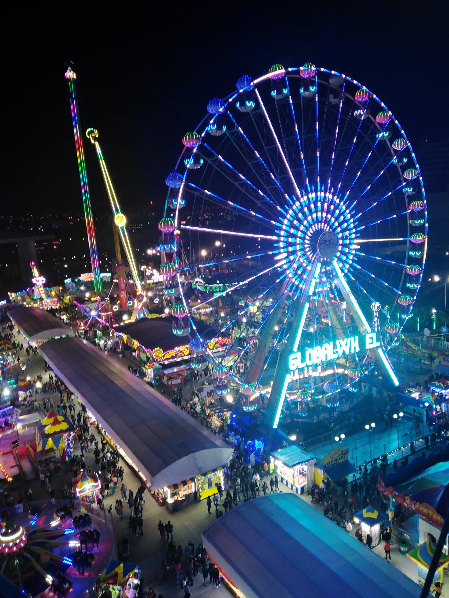 Feria de León: tras caer de juego mecánico