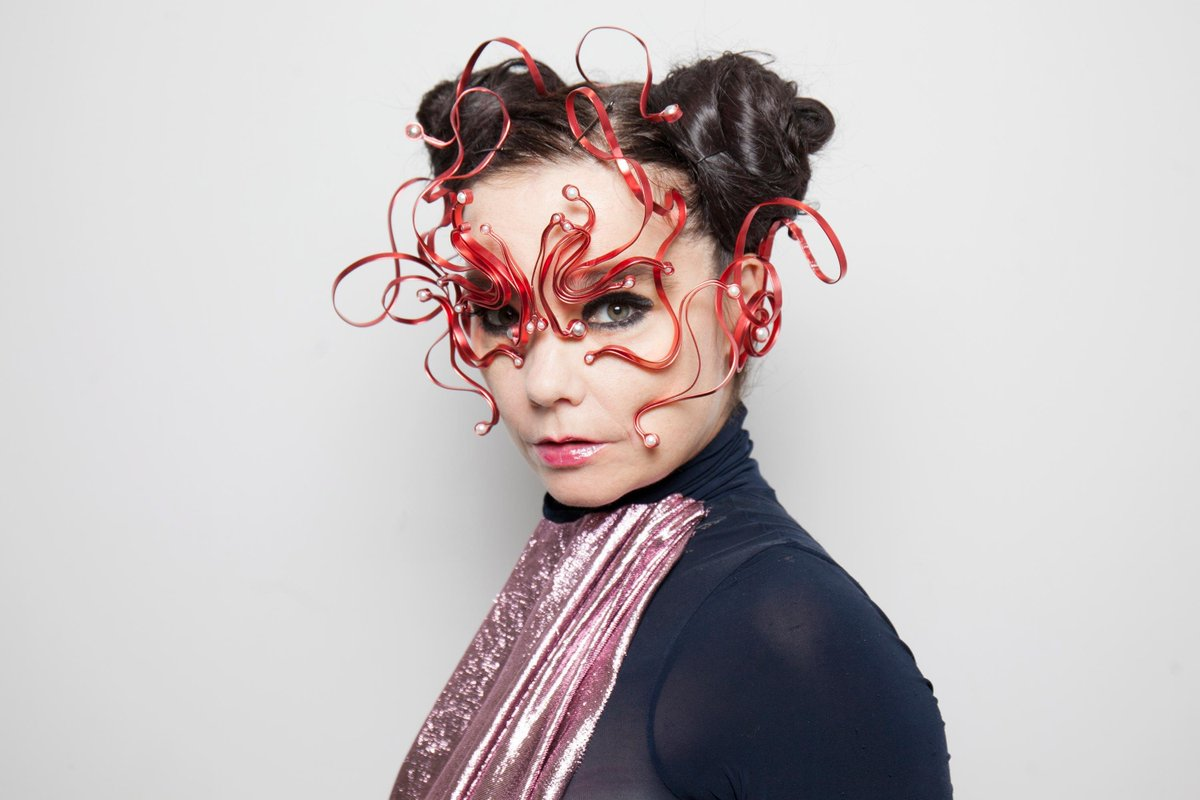 #Björk has worked in tandem with #Microsoft #AI #technology that draws from the artist's vocal archives, to create a generative #score for #Manhattan hotel Sister City. Read more -  #news #music #composition  #NYC #SisterCity #electronic #electronicmusic