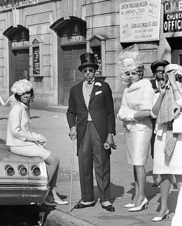 Easter Sunday in #Harlem, 1968. Photo by Don Hogan Charles. #NYC (source: NYTarchives)