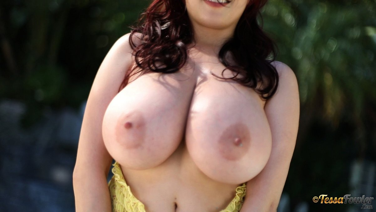 Big tits porn galery, free images with huge hq breast, big boobs galery pics, by popularity