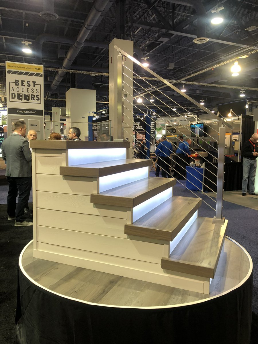 Loved seeing these stair rail systems from @Viewrail today!  #IBS2020 #IBS #NAHB #BuildersShow #RMFP #BuildingRelationships #TheMillPodcast #InstaBuilding #BuildersofInsta #HomeBuilders #InstaBuildpic.twitter.com/R2EC9xA7kc