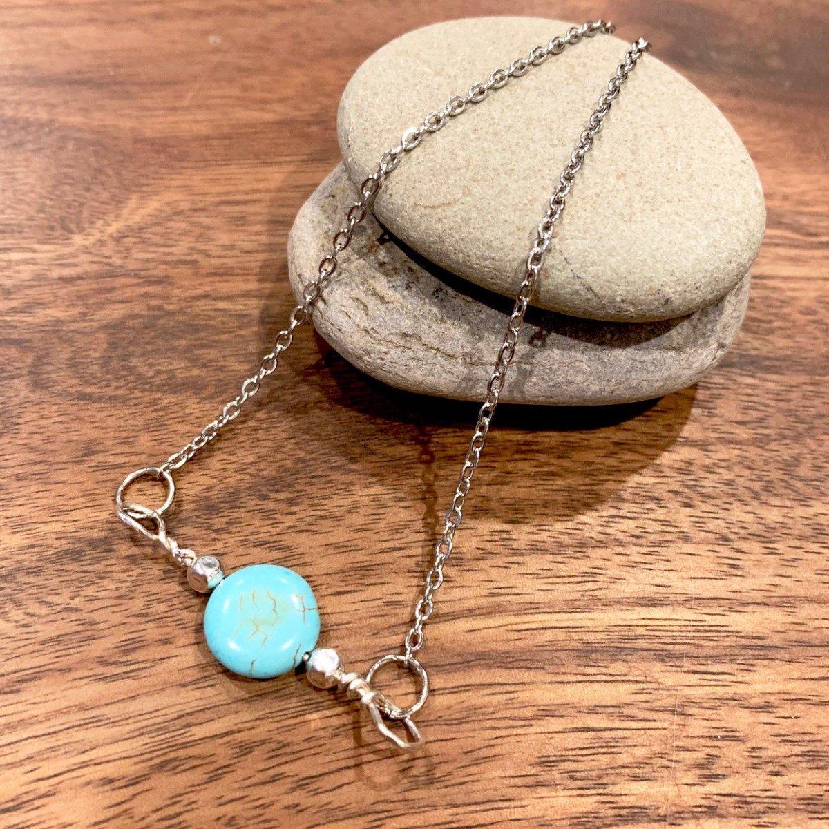 Turquoise color Howlite Single Stone Pendant http://tuppu.net/ef11585 #artisanjewelry #MandanaStudios #giftsforalloccasions #handmadejewelry #Jewellerypic.twitter.com/3FRxmRmYI0
