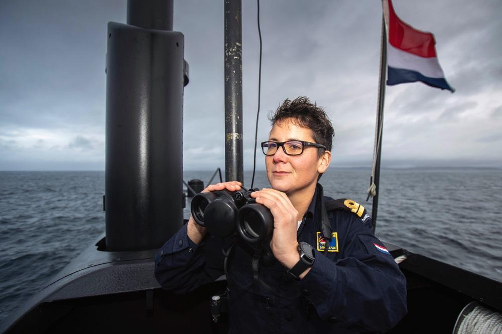 test Twitter Media - De marine onderzocht in 2019 of het in huidige onderzeeboten met een gemengde bemanning kan varen. 1 jaar lang draaiden vrouwen mee als 'one-of-the-crew' en met succes. Vanwege de positieve ervaringen laat de marine per direct vrouwen toe als bemanningsleden bij de Onderzeedienst https://t.co/CcQICd5NNu