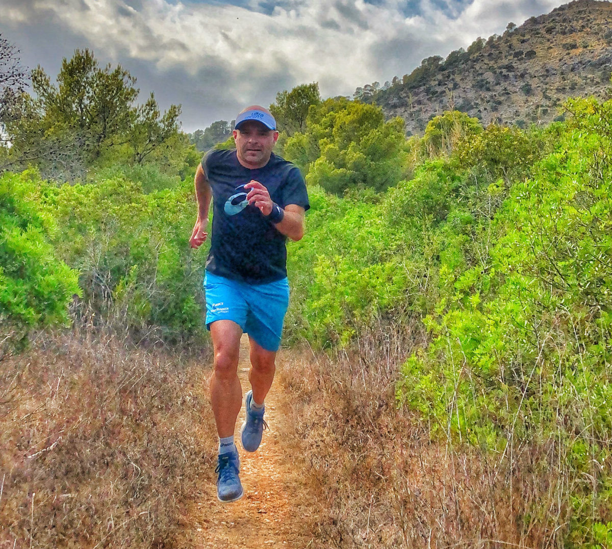 As an experienced trail runner, Frank Bauknecht knows exactly what it takes to run in the great outdoors. Make use of his tips!  Check our new blog post:   http:// bit.ly/correctly_runn ing   …   #beyoubeactive #pjuractive #2skin #pjuractive2skin #nochafing #antichafing #stopblisters<br>http://pic.twitter.com/IadTX84l11