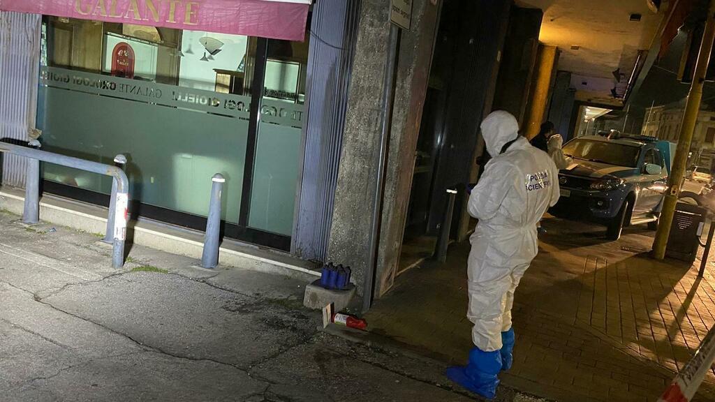 Padova, gioielliere aggredito con l'acido e rapina...