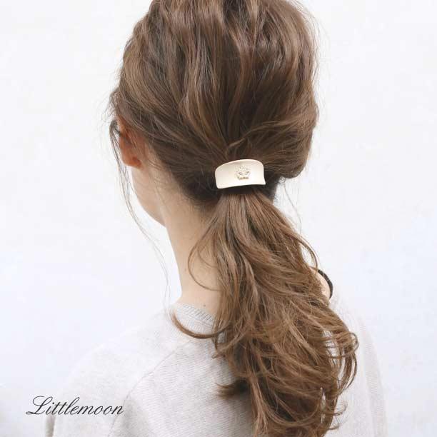カジュアルウッドの上品カフス! デニムスタイルにも◎  ▼詳しくはこちら   #リトルムーン #littlemoon_hair #updo #hair #hairstyles #hairupdo #hairdo #accessories #ヘアアクセサリー #ヘアアレンジ #ヘアセット #大人可愛い #簡単アレンジ #ファッション