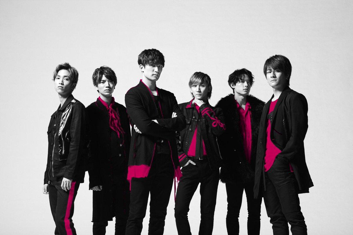 明日9時30分~は  1日目   今日CDデビュー㊗️SixTONESまとめ!   YOSHIKIさんがプロデュースした話題のデビュー曲「Imitation Rain」を生歌披露♬… https://t.co/pYBMP5B8DJ