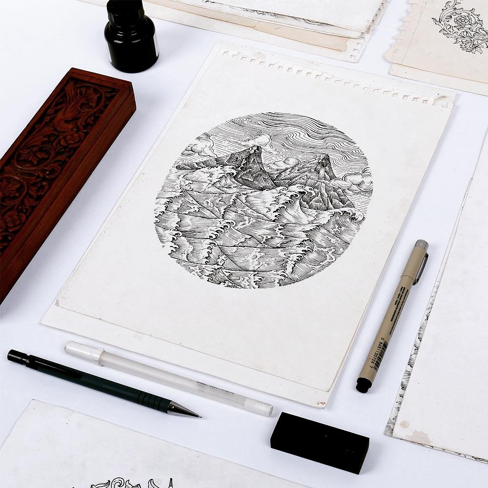 Proses berkesenian untuk menciptakan produk Kaos @qimojapara mempunyai beberapa proses, salahsatunya dengan sketch & ink secara manual.