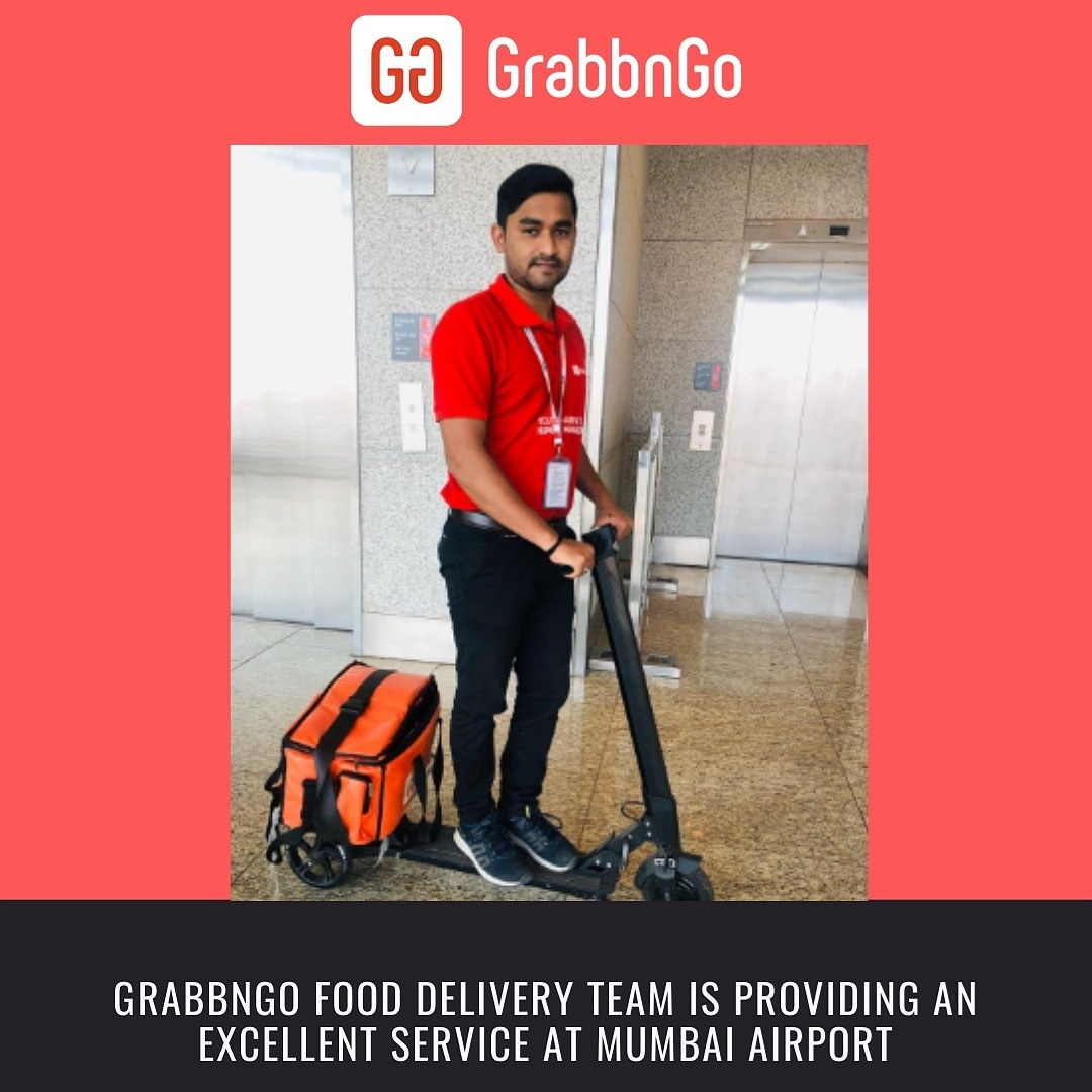 Big cheer for GrabbnGo delivery team. . . . . . . #GrabbnGoTeam #NeverFlyHungry #grabbngo  #igers #instagood #orders #delivery #mumbaiairport