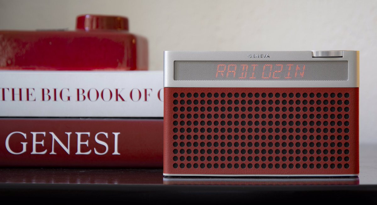 """Sonically, the Touring S+ is solid and weighty and its tone is pleasing.""  We were delighted to see that the @genevalab Touring S+ had made it onto the @whathifi list of Best DAB Radios for 2020. https://www.whathifi.com/us/best-buys/best-dab-radios-portable-bluetooth-in-car …  #WednesdayMotivation #DABRadio #Retro #Bestof2020pic.twitter.com/ARAuT8itmh"