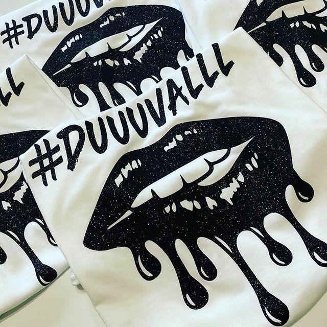 #duuuval 🖤💋 . . . . #sheiscreations #tshirtbusiness #tshirtshop #iprintshirts #glittertees #statementtees #tshirtstartup #shopsheiscreations