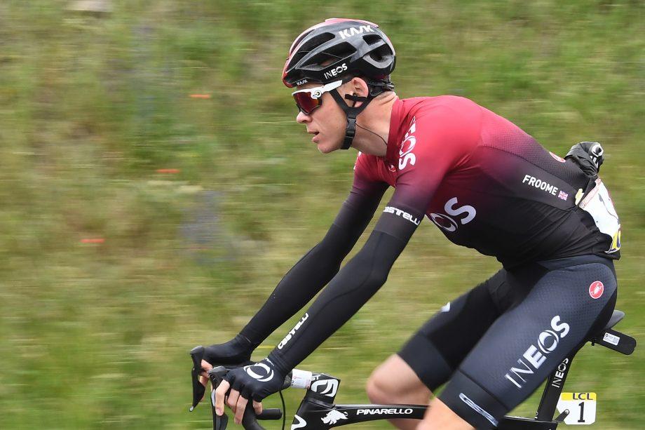 Previsto per la fine di febbraio il ritorno in gara di Chris #Froome: il britannico prenderà parte al UAE Tour, dal 23 al 29 febbraio https://tinyurl.com/vncpkzd #ciclismo #cycling