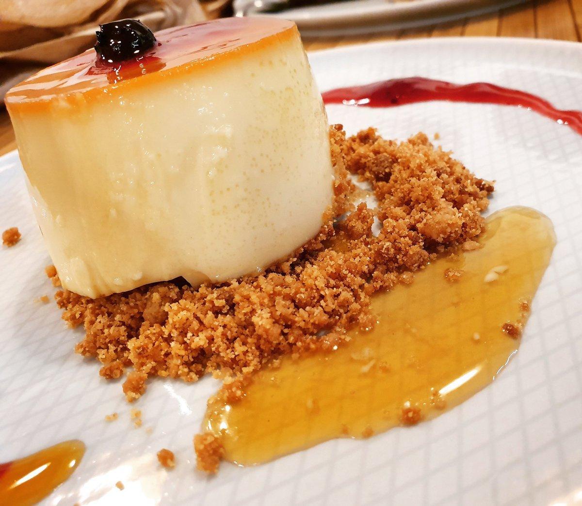 #flan de #mascarpone de @filipecomeybebe en #vigo 😋😋😋 #vigosecome #dondecomer #comerenvigo #vigocity #riasbaixas #gastroigers #gastronomia #gastrosensaciones #galicia #vigomola #galiciamola #restaurantes #foodies #foodplaces #foodlovers