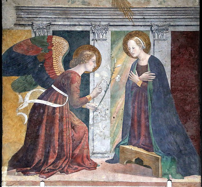 """inside the chapel of the ancient Baptistery of #pantheon you find this beautiful painting representing the """"Annunciation"""" by Melozzo da Forlì https://t.co/KUUNiPuQgt"""