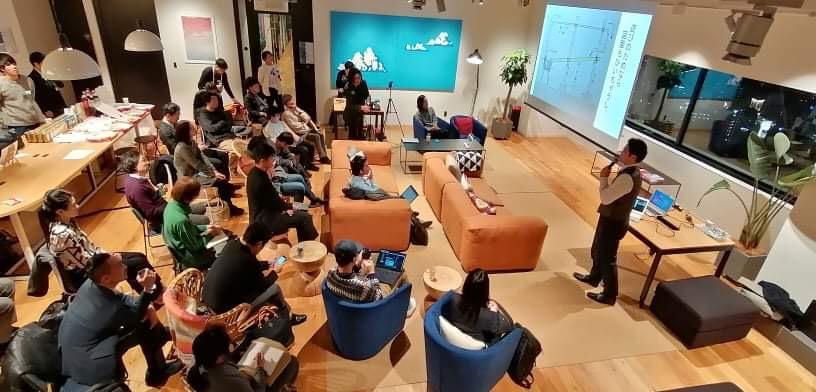 今日はデジタルハリウッド STUDIOなんばにて開催されている「note+Twitter」Meetup@大阪にお手伝いという形で参加しています!最近noteに着手し始めたところなので、ワクワクが増加中🤗#note_twitter