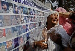 Human rights abuses in Jammu & Kashmir, a disputed territory administered by India, are an ongoing issue. The allegations range from mass killings,forced disappearances, torture, rape and sexual abuse to political repression & suppression  freedom of speech #171DaysOfKashmirSiege <br>http://pic.twitter.com/Fi70EmzGN6