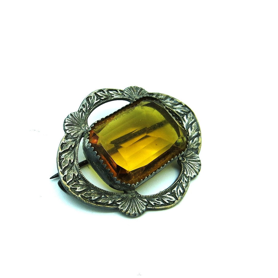 Silver Victorian Brooch Yellow Amber Glass Lace Pin Victorian Edwardian Jewelry Glass Lingerie Pin Antique Jewelry http://tuppu.net/5d9d56fb #Etsy #artdeco #Victorian #antiquejewelry #Unique #vintagejewelry #VictorianJewelrypic.twitter.com/nkgVcLsBAJ