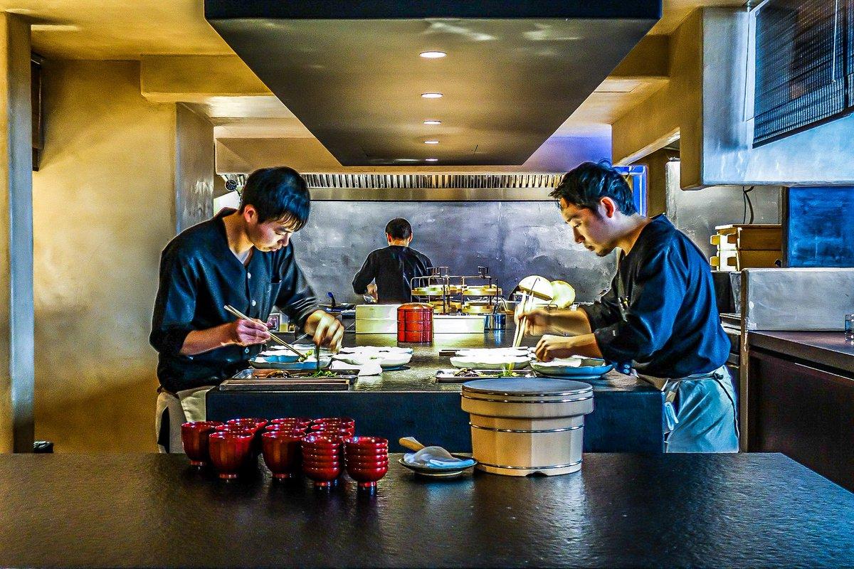 Ogata, le nouveau temple de l'art de vivre japonais ouvre à Paris. Thé, cuisine, artisanat, hospitalité et culture... vous attendent. Par ici toutes les infos https://bit.ly/2GhfH1a  #ogata #paris #Japon #japonais #sortiraparis #NouveauParis #thé #culture #gastronomiepic.twitter.com/UYzZ0G7K7L