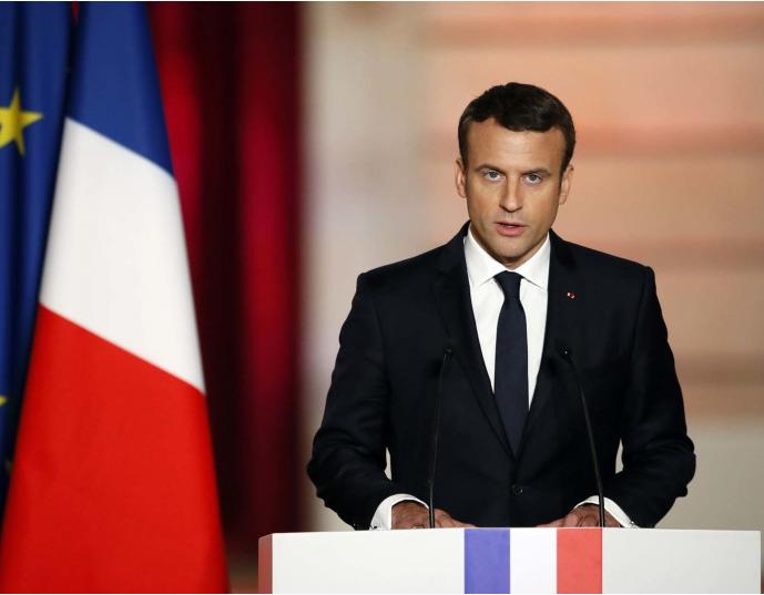 """#ماكرون: #فرنسا ستفعل """"كل شيء"""" لمساعدة #لبنان على الخروج من """"أزمته العميقة"""" https://www.aljoumhouria.com/ar/news/510827 @EmmanuelMacron pic.twitter.com/LAX0ylBiJ3"""