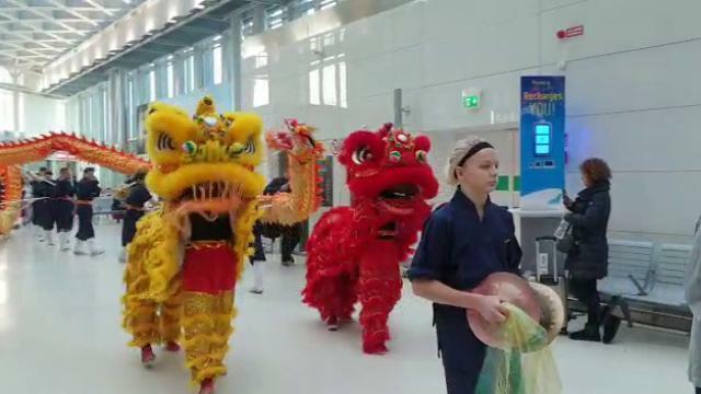 La festa per il Capodanno cinese all'aeroporto Mar...