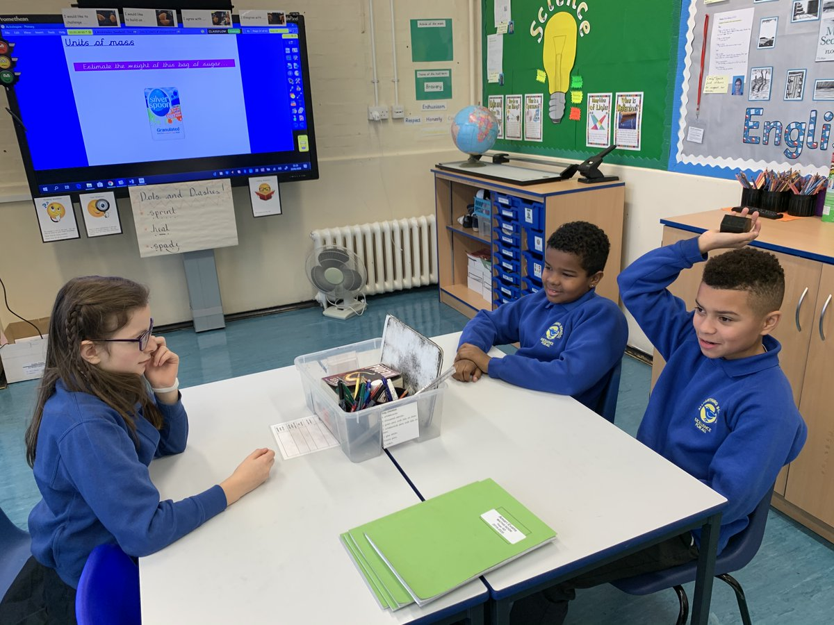 Talk detectives in Y6 while discussing main characters in Floodland. pic.twitter.com/CCq9nA95SC
