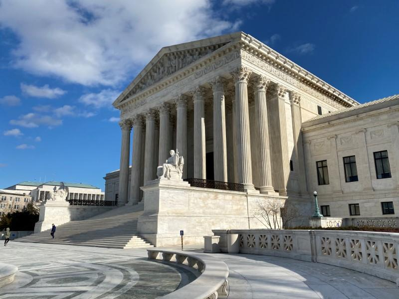 U.S. Supreme Court examines religious school funding in major rights case https://www.reuters.com/article/us-usa-court-religion-idUSKBN1ZL1CA?taid=5e2840720a3ab60001229962&utm_campaign=trueAnthem%3A+Trending+Content&utm_medium=trueAnthem&utm_source=twitter…