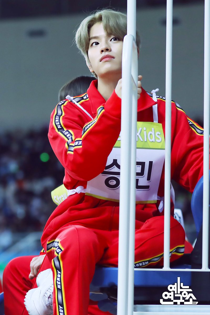 [Oficial 🔥200122] #Seungmin los ISAC 2020. __ Cr. MBC_entertain #KimSeungMinChile🔥 #승민 #김승민 #스트레이키즈 #StrayKids #Cle_Levanter #Astronaut @Stray_Kids 🐼