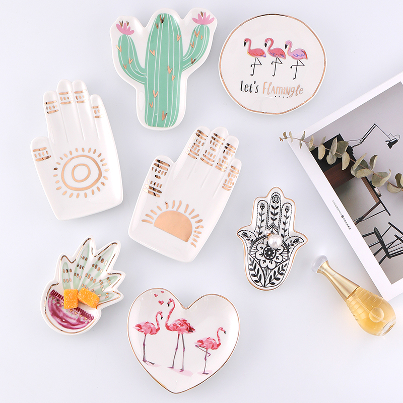 Kawaii Ceramic Jewelry Plate // Shop:  #Jewelry #JewelryBoxes #Awessories