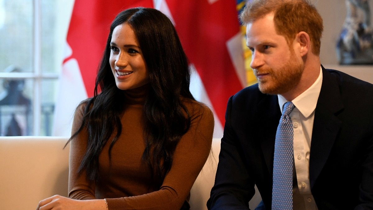 Meghan's father defends reputation in documentary https://reut.rs/30M0cI1