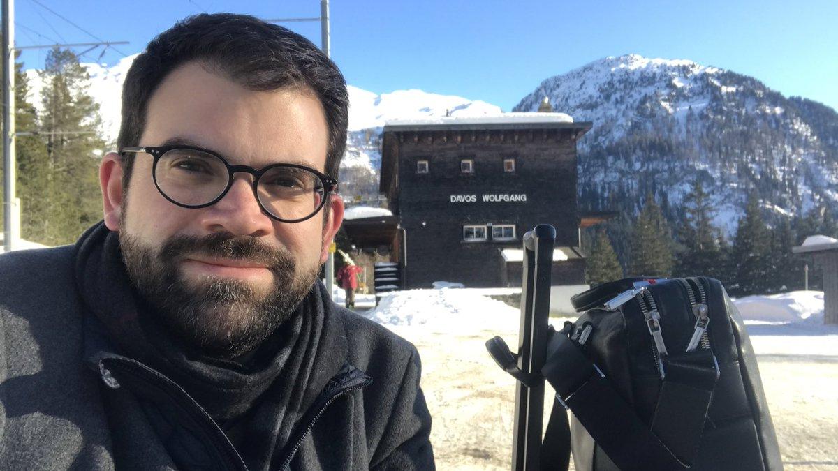 Byebye #Davos #WEF20 3 jours d'échanges intéressants et bon mix de compétences présentes (science, académiques, economie, politique, culture, diplomatie, jeunes talents, société civile,... ). #avancerensemble Bravo @HofSwitzerland pour l'excellente plateforme de dialogue pic.twitter.com/YMaKuiUxy8 – at Bahnhof Davos Wolfgang