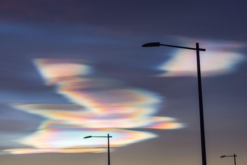 @BBCEarth I am blown away by this spectacular and vivid display of Polar Stratospheric Clouds in Kiruna, Sweden. What a welcome  #EarthCapture <br>http://pic.twitter.com/mNSLv7HBb4