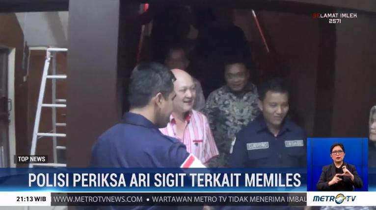 #TopNewsMetroTV Cucu Presiden ke-2 Soeharto, Ari Sigit penuhi panggilan Polda Jatim untuk diperiksa sebagai saksi kasus investasi bodong MeMiles. Ari jalani pemeriksaan selama 6 jam dan mengaku hanya sebagai member MeMiles.@Metro_TV http://metrotvnews.com/live