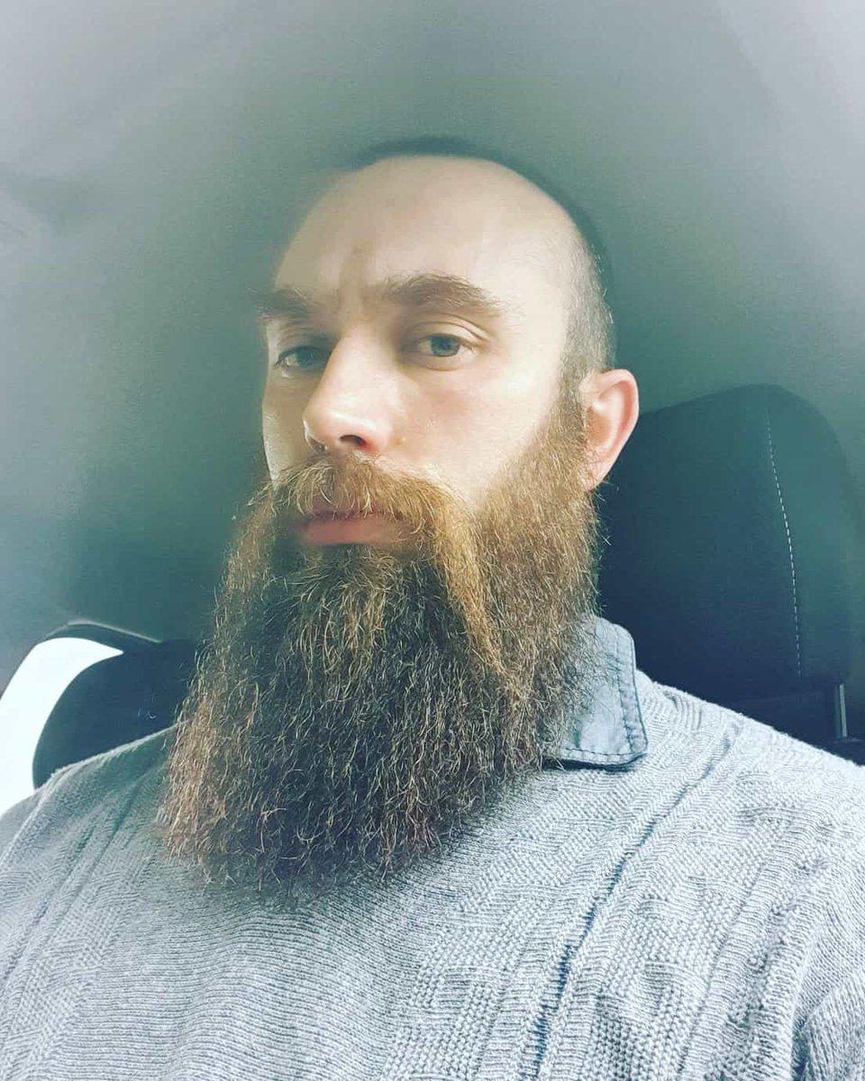 Pues tengo también un señor bigote  #barba #barbudo#barbastyle#beard#bearded #beardedgay#beardlovers#beardpower#beardlife #beardman#instagay #beardlifestyle #instabeard #beardforever #beardfashion #beardbrothers #gaybeards #staybearded #sidebeard pic.twitter.com/R6GYW6hOiP
