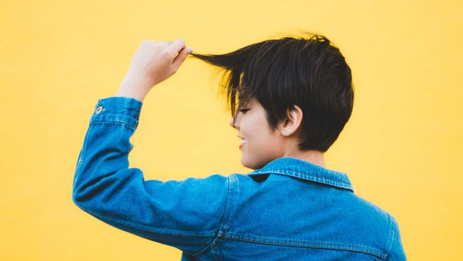 The Best Short Cuts for Thin Hair These short haircuts for women with thin #hair will add texture and volume. #haircut #hairstyle #hairsalon #hairdresser #hairstylist #keratintreatment http://ow.ly/yTkO50xyv2kpic.twitter.com/oCKAO6Vpao