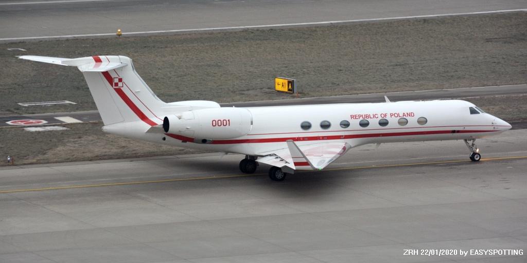 Foggy ZRHWEF morning PLF GLF5 0001 Serbia Govt E35L YUSRB USAF B742 82-0008 Private GLEX VT-CDP https://t.co/FBDCyTFbmv